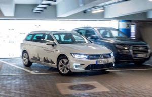 Volkswagen testira sistem za autonomno parkiranje