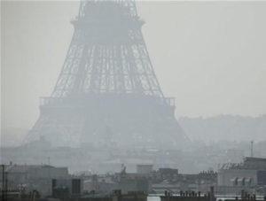 Širi region Pariza od idućeg ljeta zabranjuje dizelaše koji su registrovani prije 31. decembra 2000.