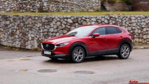 AUTO TEST: Mazda CX-30 G122 M-Hybrid Plus – iznad prosjeka