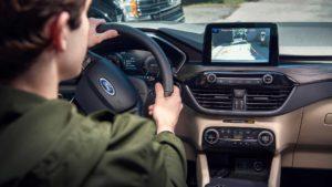 Ford će upozoravati vozače na opasnosti na putu
