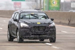 Nove špijunske fotografije otkrivaju mulu koju Ford koristi za novi Transit Connect