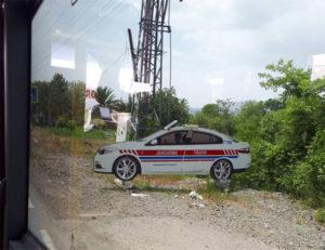 Maketama lažnih policijskih automobila protiv prebrzih vozača
