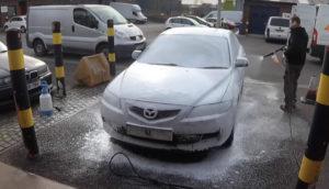 Nije oprao auto godinama! Pogledajte kako sada izgleda uz malo truda