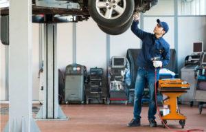Ići na servis ili malo pričekati: Ignorisanje manjih kvarova na automobilima može biti skupo!