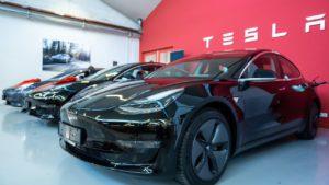 Tesla otvara prodajni salon u Sloveniji