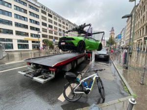 """U Njemačkoj nema nedodirljivih – """"pauk"""" digao Lamborghini"""