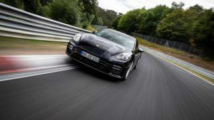 Porsche Panamera postavila novi rekord u kategoriji luksuznih automobila na Nürburgringu. Brža i od Mercedes-AMG GT