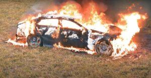 Ruski influenceri i Mercedes ne idu zajedno. Youtuber spalio model AMG GT s 4 vrata vrijedan preko 200.000 eura?