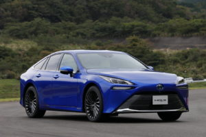 Nova Toyota Mirai – automobil pogonjen vodikovim ćelijama je postao mobilni pročišćivač zraka