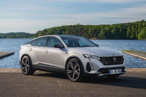 Novi Peugeot 308 i Opel Astra dolaze i kao crossoveri. Što li nas to ne čudi