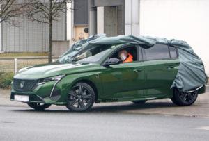 Ovako izgleda novi Peugeot 308 bez kamuflaže. Prvi model koji ima novi logo