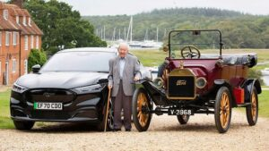 101-godišnjak vozi Mustang Mach-E. 1930. naučio voziti Ford T