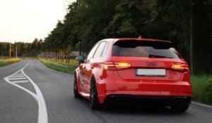 Pogledajte kako Audi RS3 ubrzava do 319 km / h